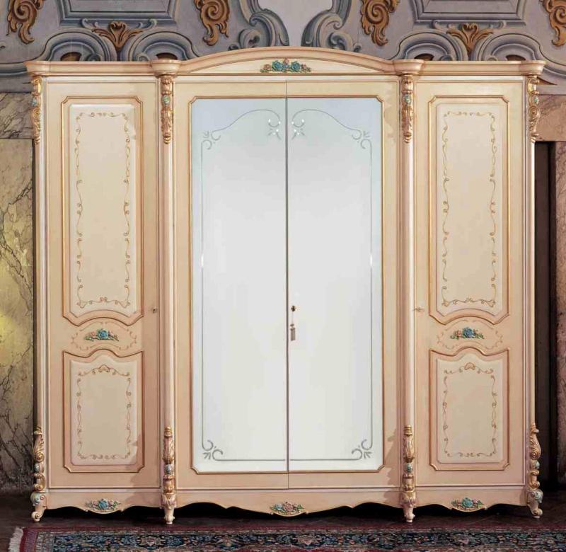 Гардеробный шкаф розового цвета стиль класический Prestige