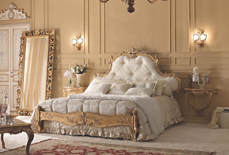 Двухспальная кровать с высоким подголовьем в обивке капитоне Notte