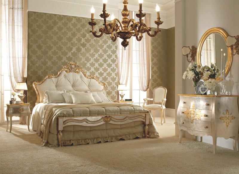 Итальянский спальный гарнитур белого цвета - классического стиля Notte