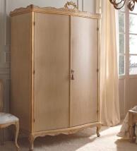 Платяной двухдверный шкаф на ножках классического стиля Notte