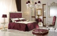 Двухспальная кровать обивка бордовая ткань Antico Borgo