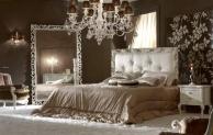 Большая спальная кровать с изголовьем в капитоне Antico Borgo Living