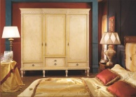 Гардиробный шкаф с ефектом патины Antico Borgo