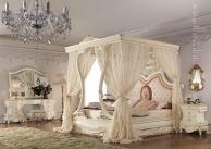 Шикарная белая кровать с балдахином Antonelli Moravio AM