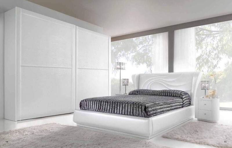 Кровать в спальню - обивка белая Stardust