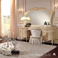 Туалетный столик с патиной и позолотой Reggenza