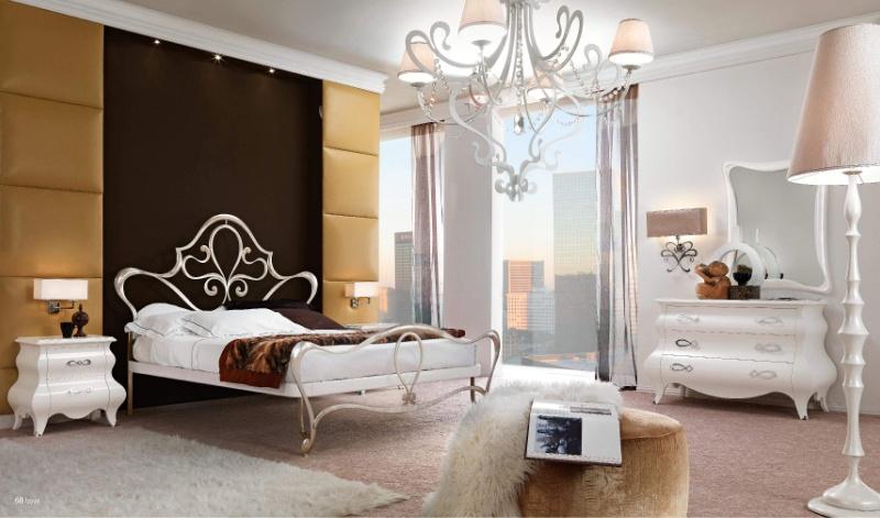 Итальянской мебель для спальной белого цвета в глянце Notte