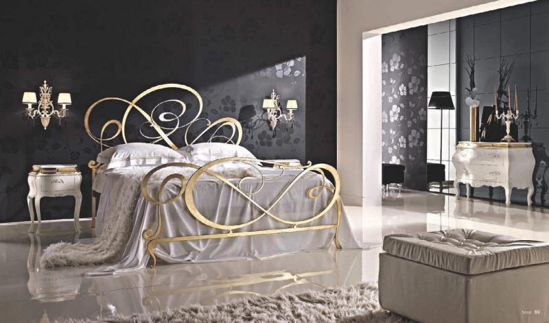 Двухспальная кровать с элементами ковки - золото - Proposal 22