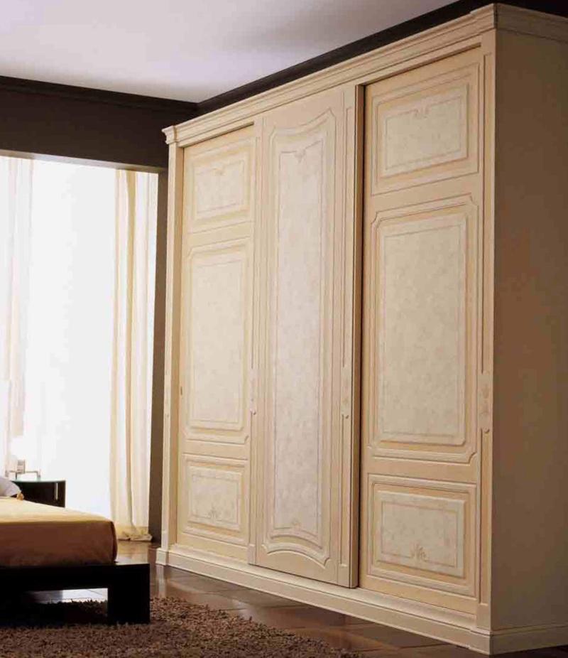 Гардеробный шкаф в спалью Domus Mozart 2010
