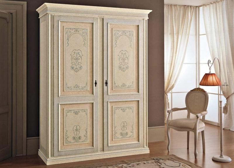 Шкаф 2-х дверный с патиной в классическом стиле Anta Battente