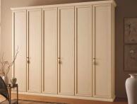 Гардеробный шкаф классического стиля из массива дерева Anta Battente