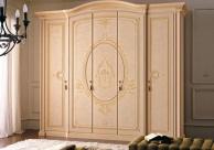 Орнаментованый гардеробный шкаф с дверцами Anta Battente
