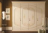Орнаментованый шкаф в классическом стиле - для спальни Anta Battente