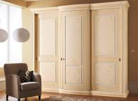 Гардеробный трех дверный итальянский шкаф Anta Scorrevole
