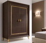 Гардеробный 2-х дверный шкаф - декорирован золотой рамкой Тоday Ferretti