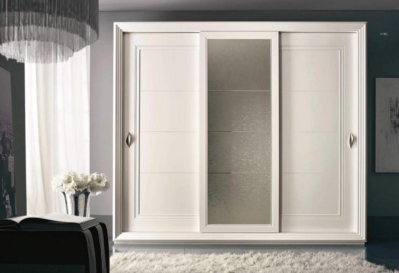 Шкаф-купе - стекляные центральные двери Тоday Ferretti