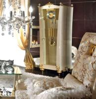 Часы напольные в гостиную - белые с золотом - Blue Diamond  Lanpas