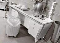 Консольный столик на резных ножках с мягким пуфом Ellelux