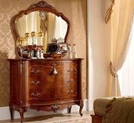 Комод с зеркалом декорированый резной рамкой Principe