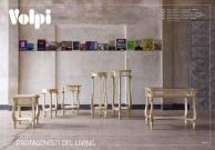 Комплект резной деревяной мебели бежевого цвета Day 2011