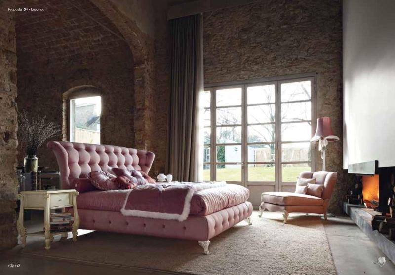 Спальная кровать фиолетового цвета - обивка капитоне Ludovica