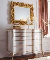 Комод с выдвижными шухлядами и зеркалом с ажуром в золоте Night 2011