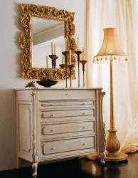 Комод в спальню с зеркалом в резной рамке Night 2011