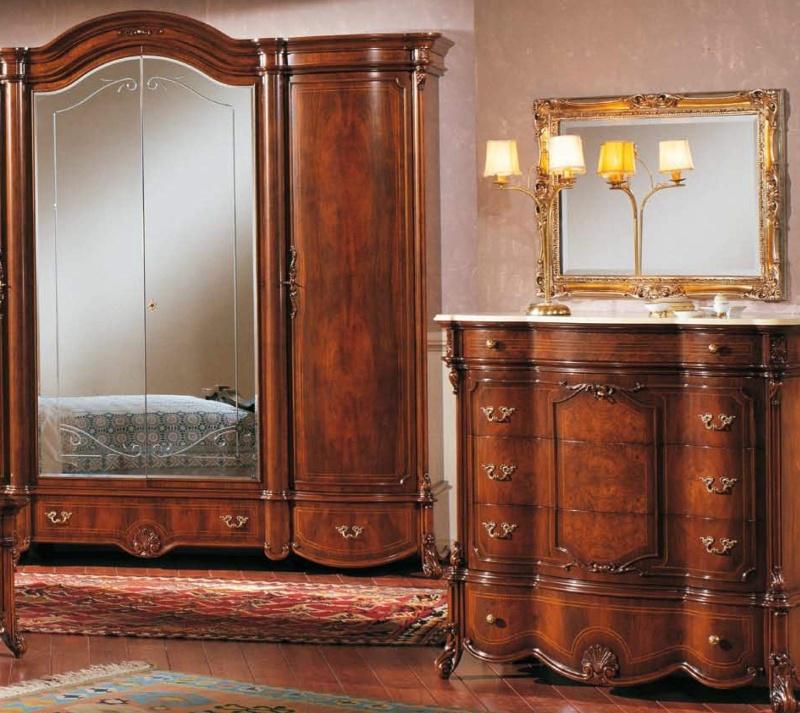 Гарнитур в спальню орехового цвета The Book