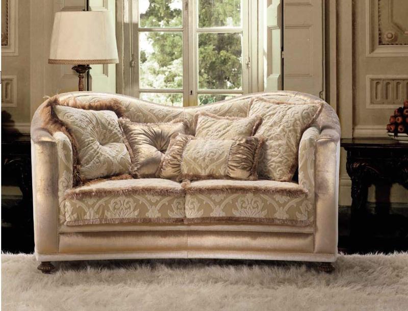Итальянский классический диван A Linea