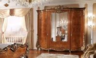 Шкаф с резьбой и позолотой - Barnini Oseo Firenze