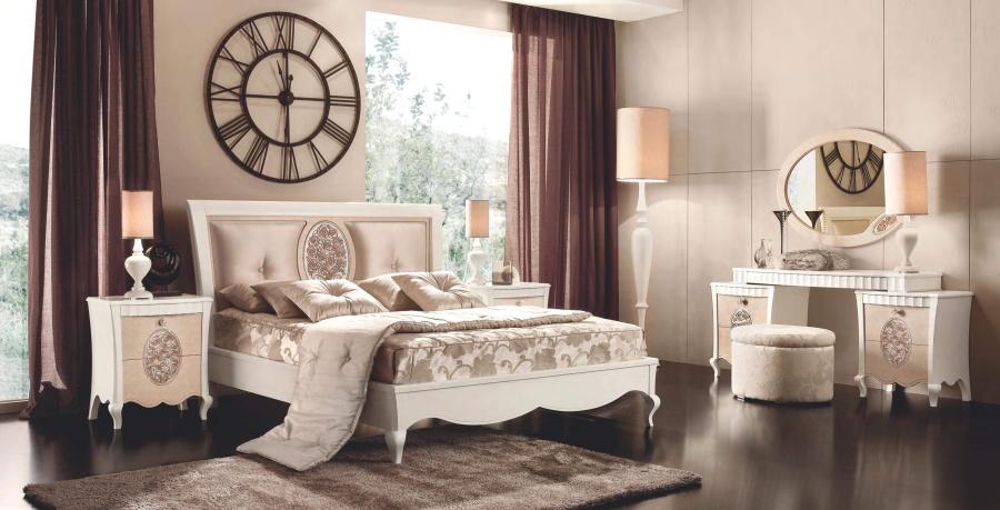 Спальным с резным декором в форме цветов Signorini Coco Lady Rose