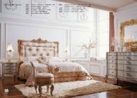 Кровать с высоким изголовьем с ручной резьбой Volpi Teodoro