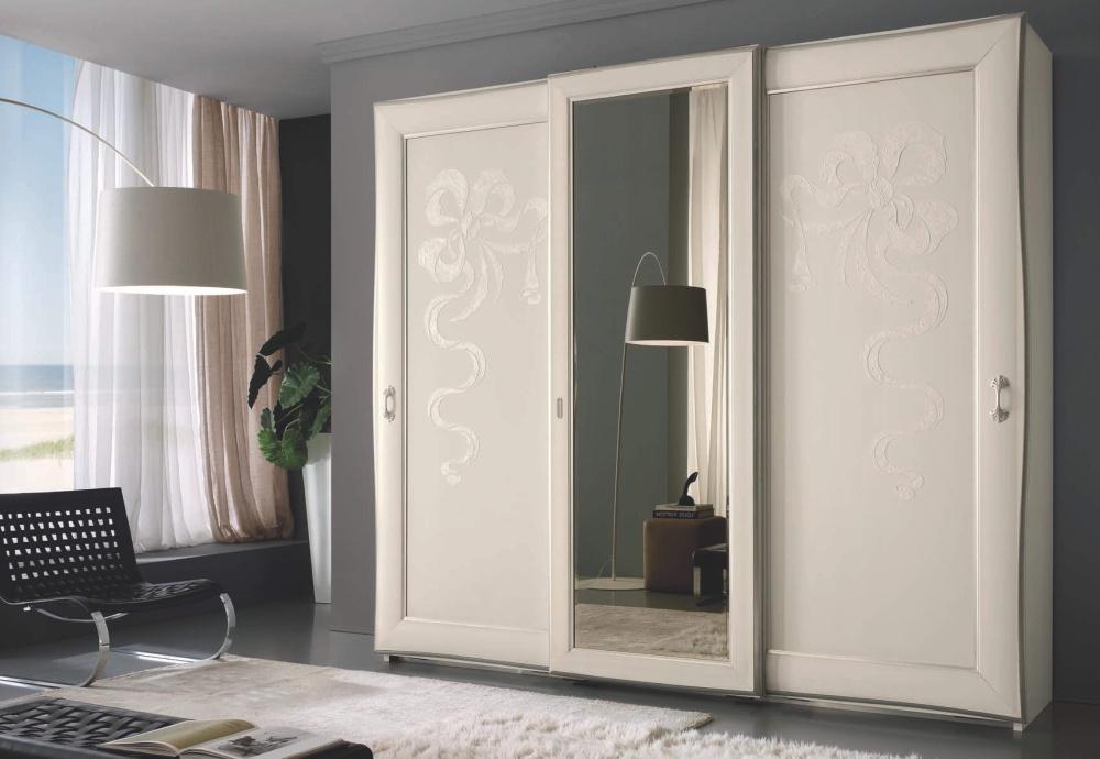 Шкаф с росписью Ferretti e Ferretti - Regina di Fiori