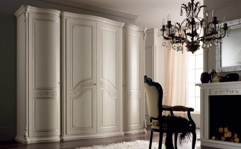 Шкаф четырех створчатый молочного цвета Tiziano