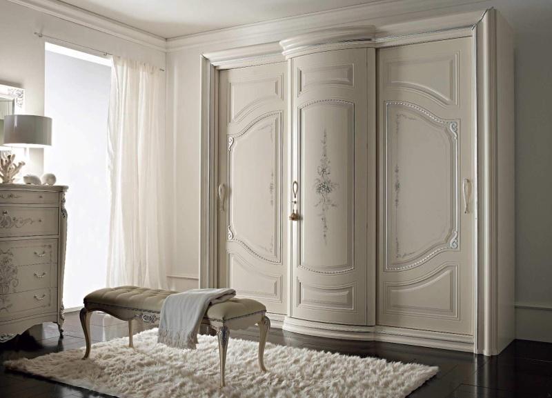 Шкаф в спальню с роздвежными дверцами Camere