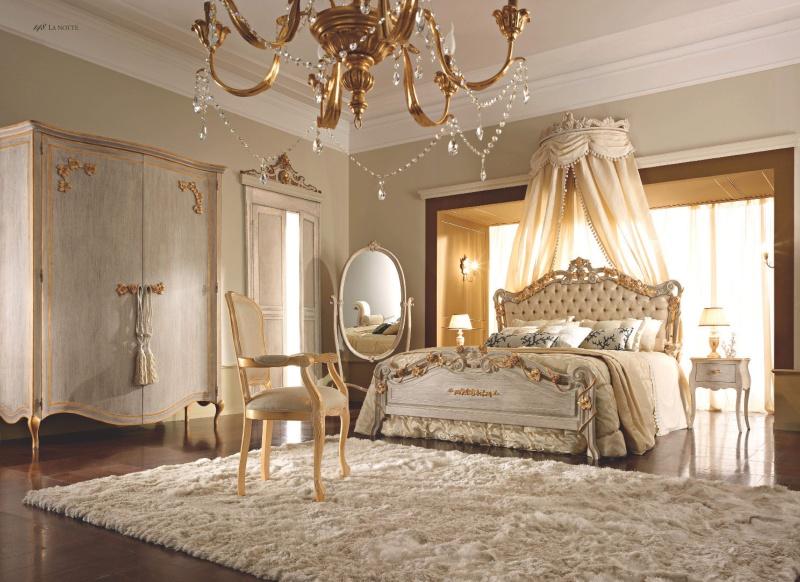 Спальня в светлом цвете со старением - La Notte