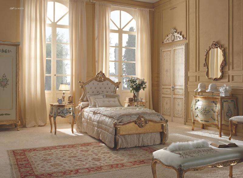 Италянский гарнитур мебели для спальни классического стиля Notte