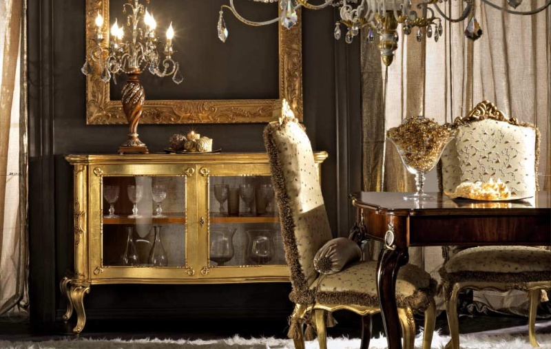 Гарнитур лдля столовой комнаты украшеный позолотой Antico Borgo Living