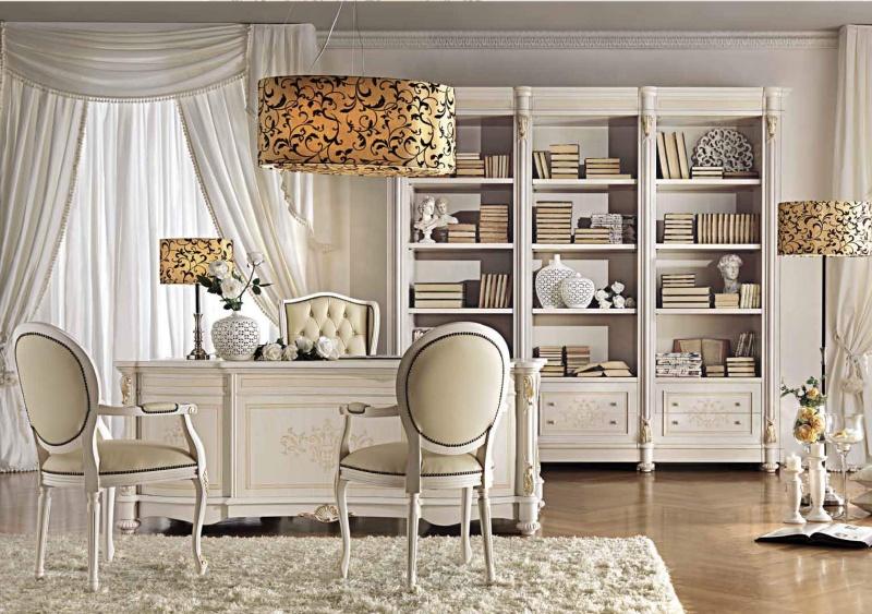 Кабинетній стол с тремя стульями цвета слоновой кости Antonelli Moravio AM