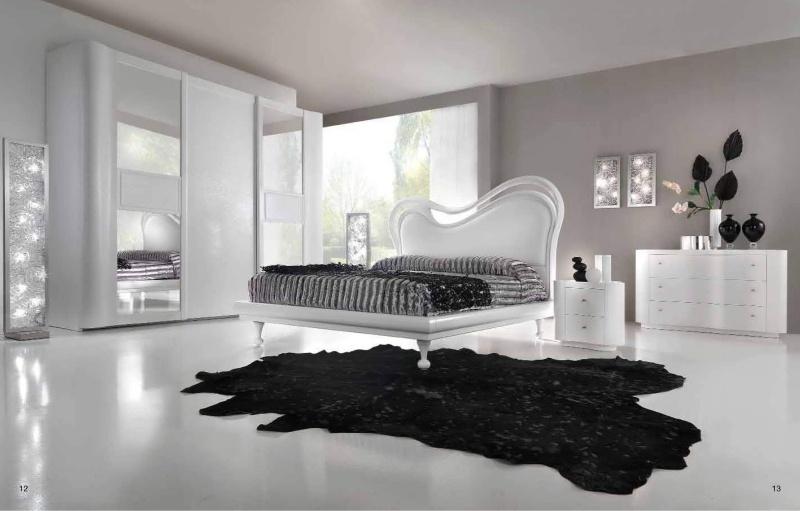 Двуспальная кровать в белом цвете Stardust