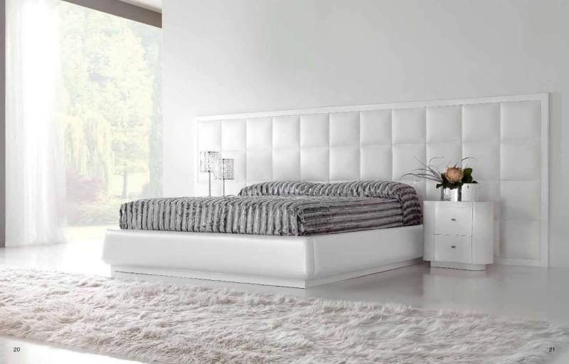 Большая итальянская кровать - цвет белый Stardust