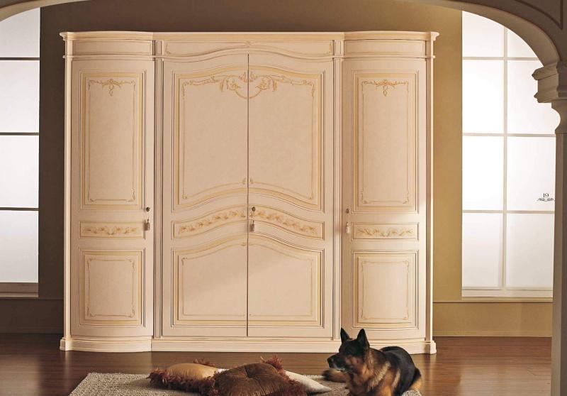 Шкаф для одежды с орнаментом цвета - беж Anta Battente