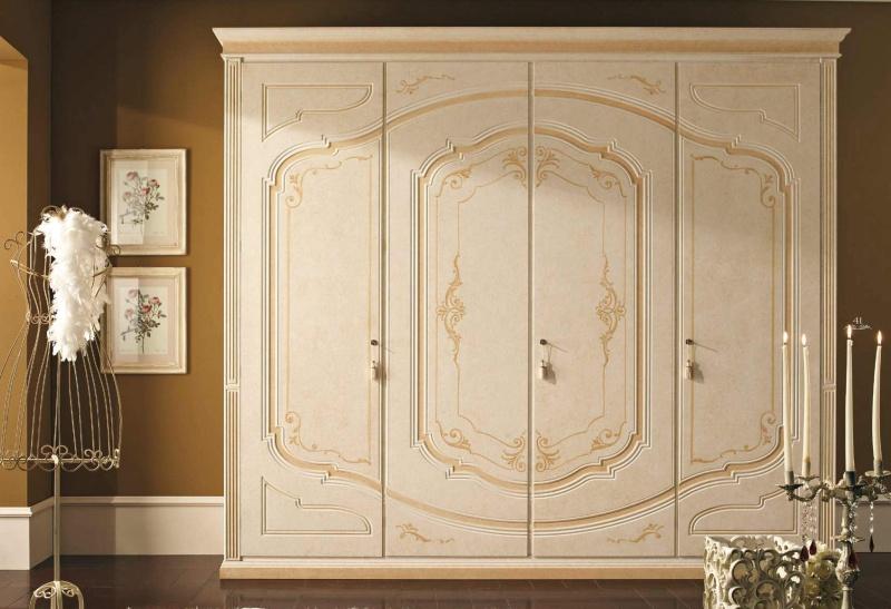 Шкаф с орнаментом в классическом стиле - для спальни Smeraldo