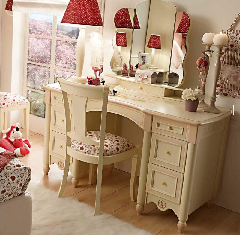 Туалетный столик для девочки в детскую Happy Night