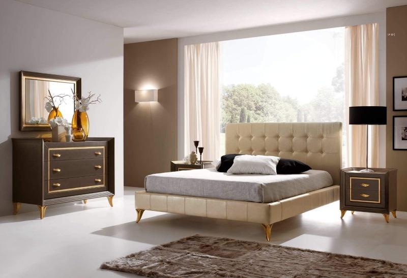 Кровать бежевого цвета в обивке капитоне на золотистых ножках Тоday Ferretti