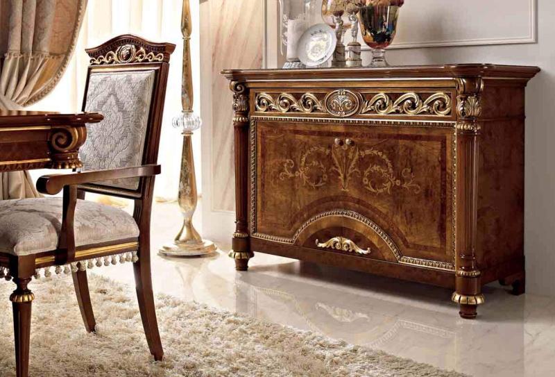 Гарнитур для столовой - орехового цвета LUIGI XVI Valderamobili