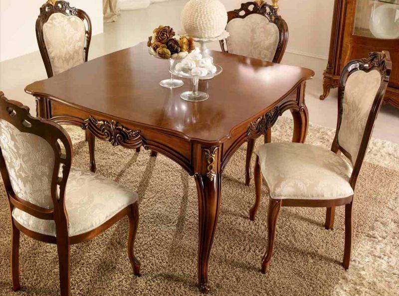 Столовый квадратный стол с резьбой Principe