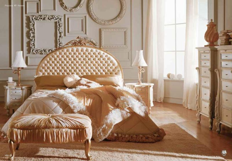 Двухспальная роскошная кровать - персекового цвета Night 2011