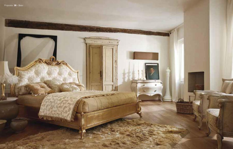 Кровать с мягкой спинкой - отделка сусальное золото Sissy