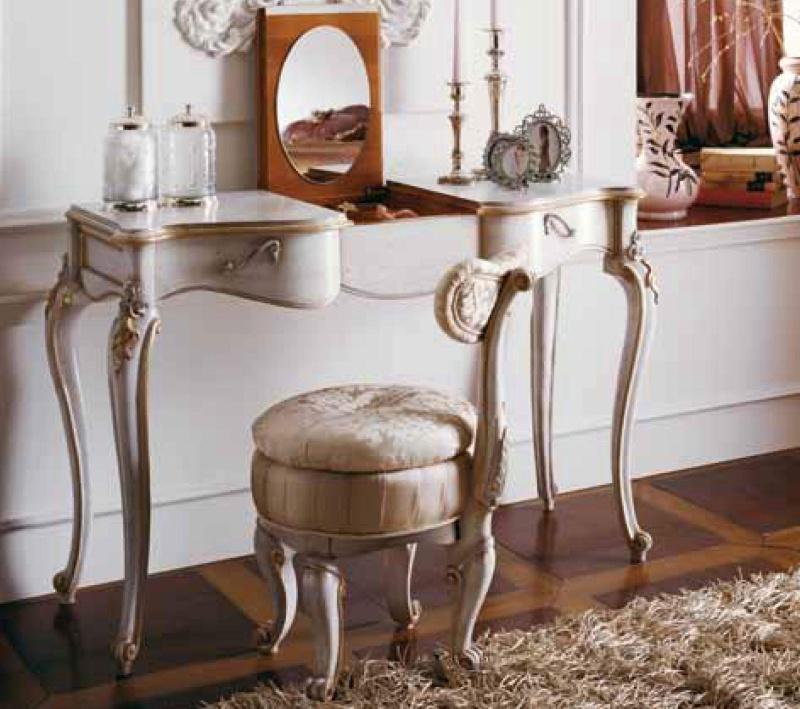 Консольный - маленький столик с круглым пуфом Night 2011